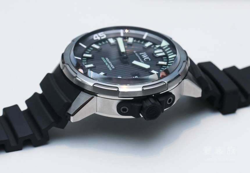 The Replica IWC Ocean 2000 new automatic diving watch Ref. 3580